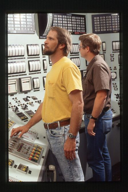 Alabama Power crews in the control room help monitor outages during storms. (file)