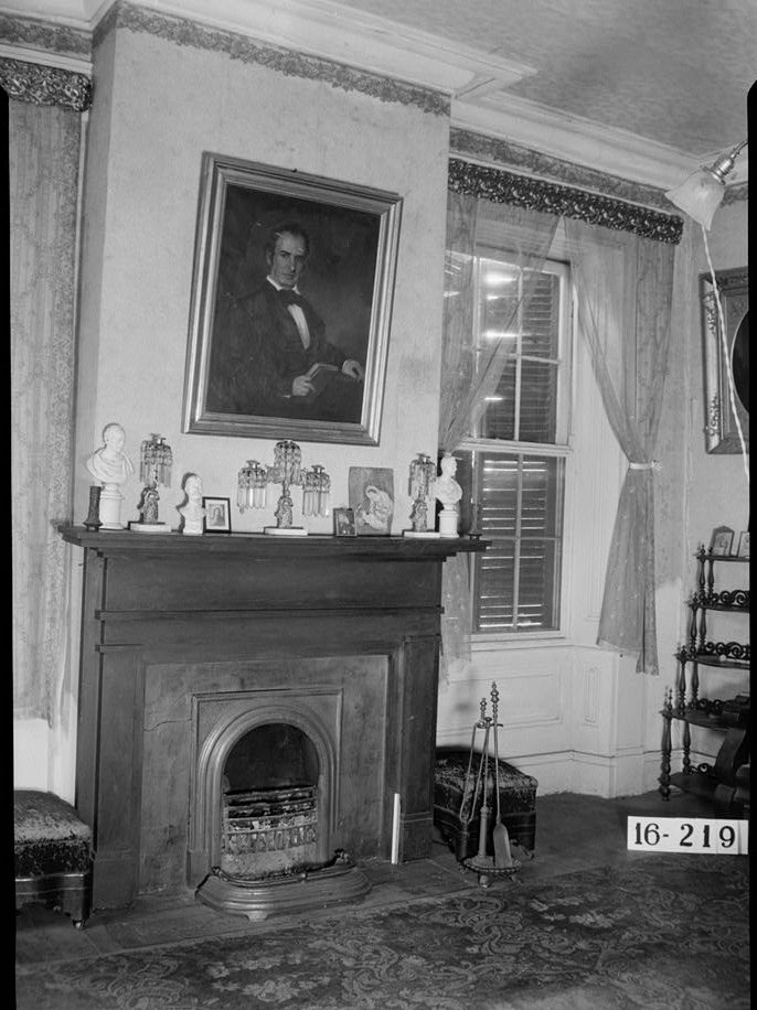 Magnolia Grove, view of a mantel, 1934. (Photograph by W. N. Manning, HABS, Library of Congress Prints and Photographs Division)