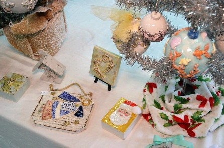It's looking a lot like Christmas at Jame and Renee Art Studio in Mobile as they pair have focused on producing gift items customers have come to expect. (Michael Tomberlin / Alabama NewsCenter)