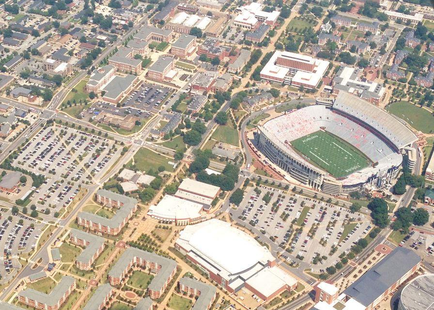Aerial view of Jordan Hare Stadium, Auburn Arena, The Village, Samuel Ginn Engineering Complex, and the Haley Center, 2013. (Vestaviahills, Wikipedia)