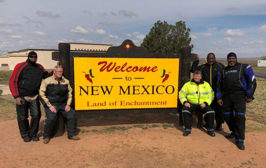 Alabama Gold Wingers take a break in New Mexico. (Danny Baker)