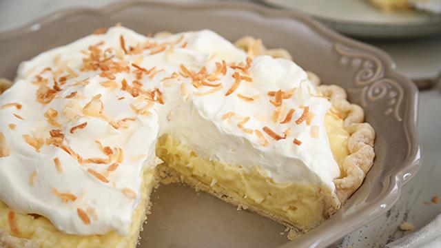 Recipe: Old-Fashioned Coconut Cream Pie