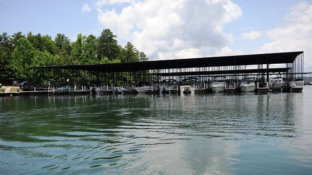 Lake Martin waterfront home sales in April up 12.5 percent from last year