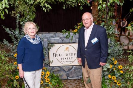 Whit Armstrong, right, with wife Dr. Rebecca Brown Armstrong. Mr. Armstrong served nearly 37 years on the Alabama Power board of directors. (Nik Layman / Alabama NewsCenter)