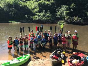 RiverKids, a collaboration between the Alabama Cooperative Extension System and Alabama Scenic River Trail through 4-H, teaches young Alabamians water safety and basic paddling skills on Alabama's lakes and waterways. (Alabama Cooperative Extension System)