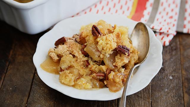 Recipe: Apple Scrunch (Apple Dump Cake)