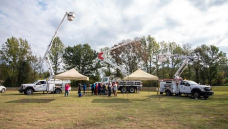 Alabama Power linemen provided several trucks for the students to see. (Dennis Washington / Alabama NewsCenter)