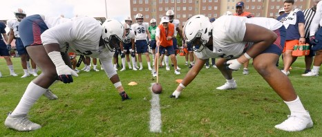 The Auburn Tigers practice for the Outback Bowl. (Todd Van Emst/AU Athletics)