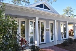 The Coastal Arts Center's clay studio is just one aspect of its impact on the Gulf Coast arts community. (Karim Shamsi-Basha/Alabama NewsCenter)