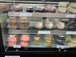 Customers find cheesecakes in tempting flavors at CakEffect. (Mike Tomberlin/Alabama NewsCenter)