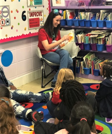 Jamie Odell with the Plant Miller Chapter of the Alabama Power Service Organization participated in Read Across America. (contributed)