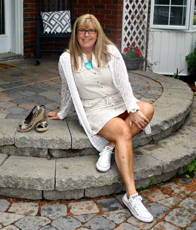 Michael Kors Linen Dress, converse and Forever 21 Lace Cardi