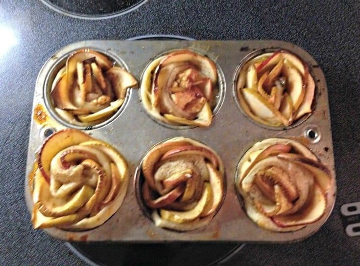 apple roses after baking