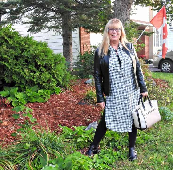 Forever 21 duster and booties with LNBF Bamboo leggings and a Happiness Boutique necklace