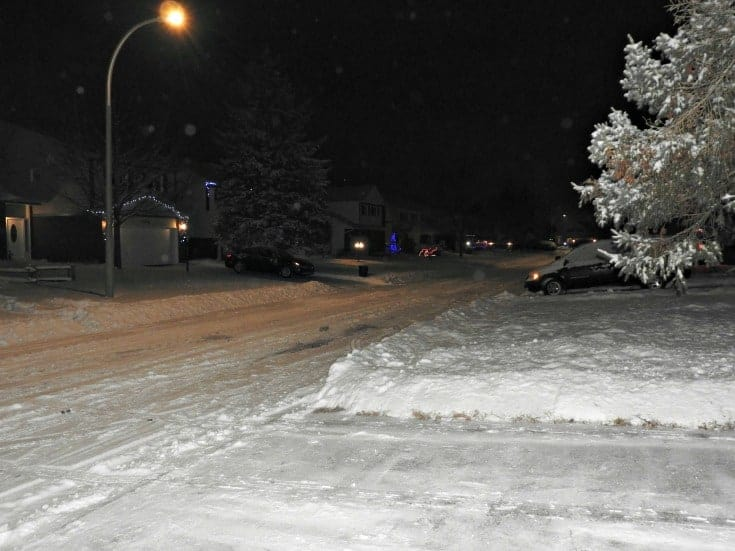 A cover of white snow to make the streets look pristine and Christmas ready