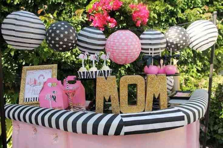 moms flamingo party
