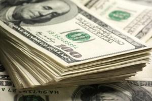 استمرار تثبيت سعر الدولار الجمركي خلال شهر أكتوبر عند 16 جنيها
