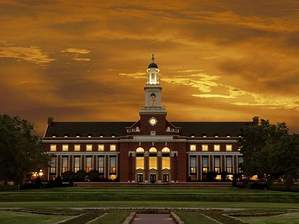 تقدم الان لمنحة جامعة ولاية أوكلاهوما الأمريكية