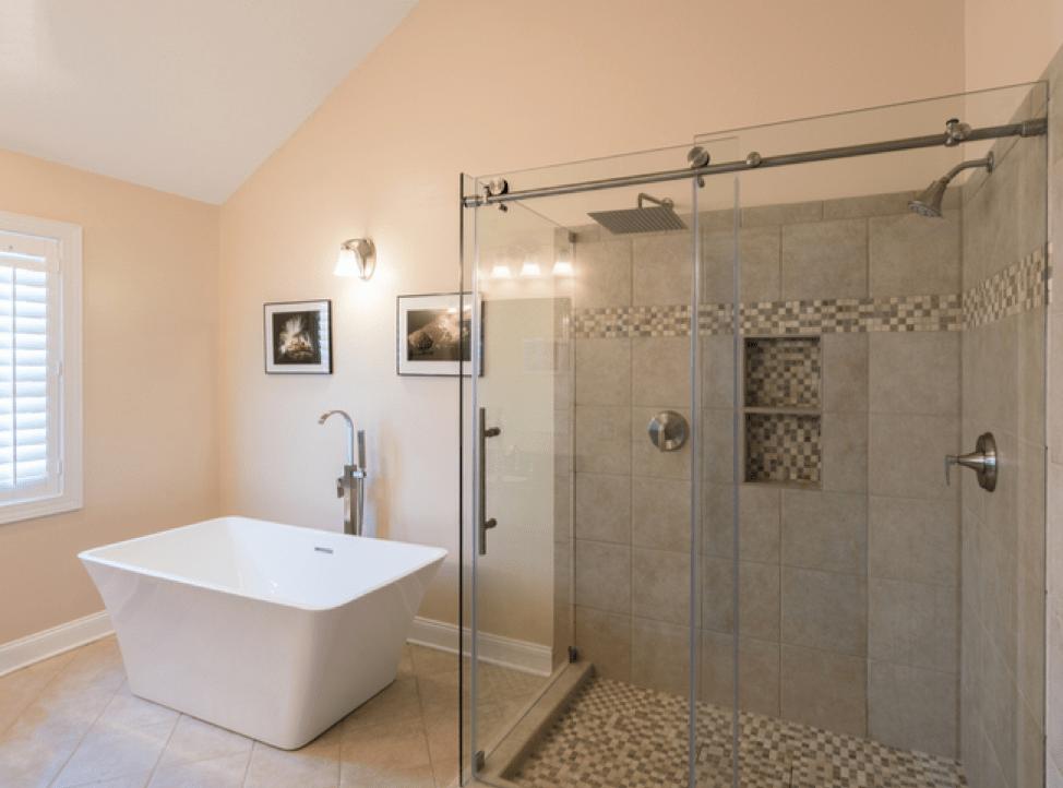 glass shower doors vs shower curtains