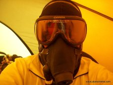 Alan with Poisk oxygen mask on Everest in 2002