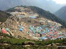 Everest 2015: Namche Bazaar is sometimes Bizarre