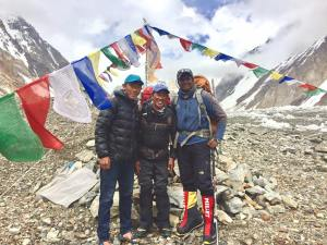 Kami Sherpa with Destination Dreamers on K2 in 2017