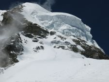 K2 2019 Summer Season Coverage -  Avi on K2 Stalls Ropes, No Injuries. More Broad Peak Summits
