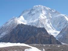 K2 2018 Summer Coverage: Broad Peak, Gasherbrum Summits, K2 Push Begins