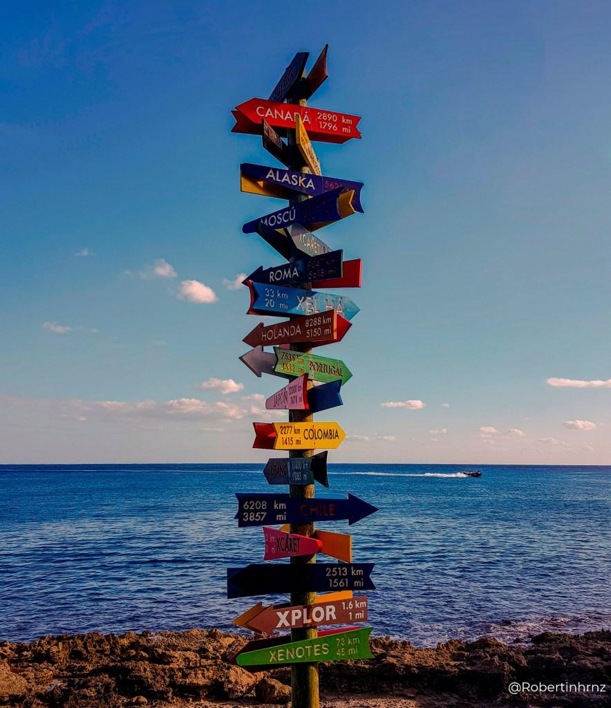 El letrero de los viajeros, Cancún