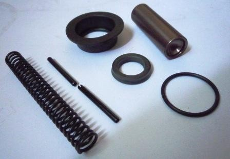 CLUTCH MASTER REPAIR KIT T/INNOVA