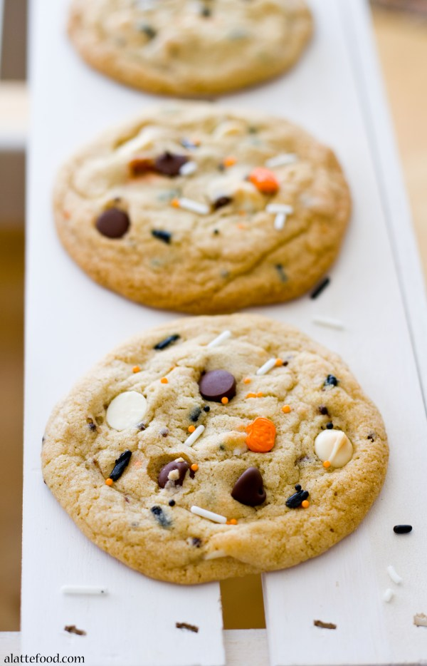Cake Batter Funfetti Chocolate Chip Cookies | A Latte Food