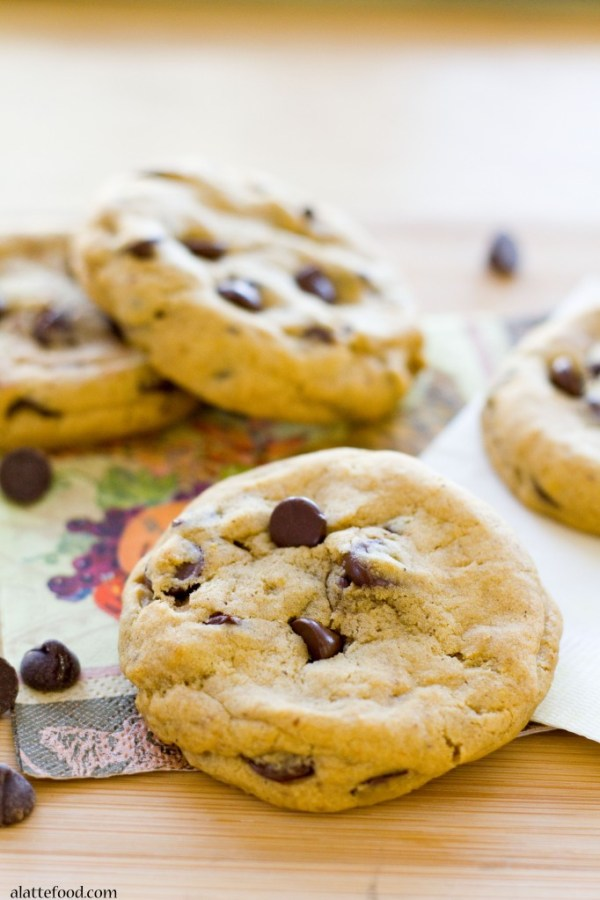 Thick and Chewy Pumpkin Chocolate Chip Cookies   www.alattefood.com/