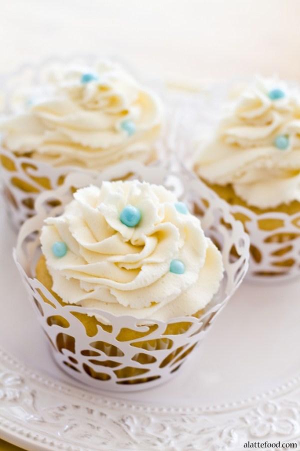 Vanilla Almond Cupcakes | A Latte Food