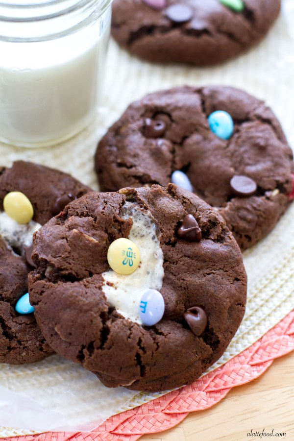 Rocky Road M&M Cookies | A Latte Food