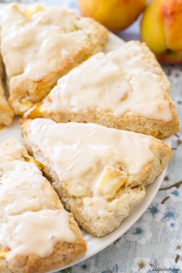 Peach Pie Scones with a Vanilla Glaze: These peaches 'n cream scones taste just like homemade peach pie!   www.alattefood.com