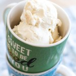 This creamy toasted marshmallow ice cream is like summer in a dish! | www.alattefood.com