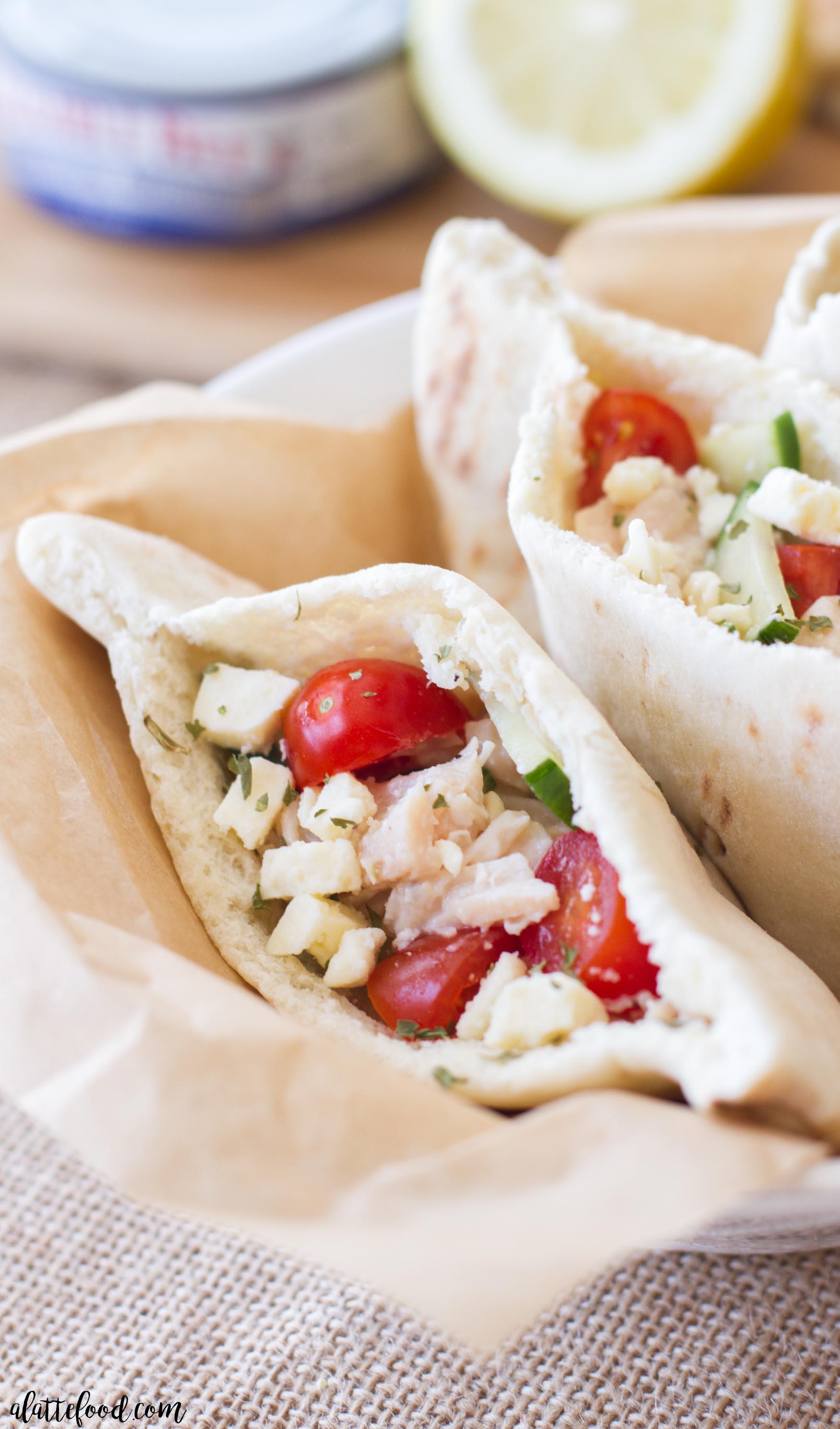 Easy Greek Pita Sandwich