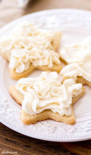 star shaped cookies with vanilla frosting