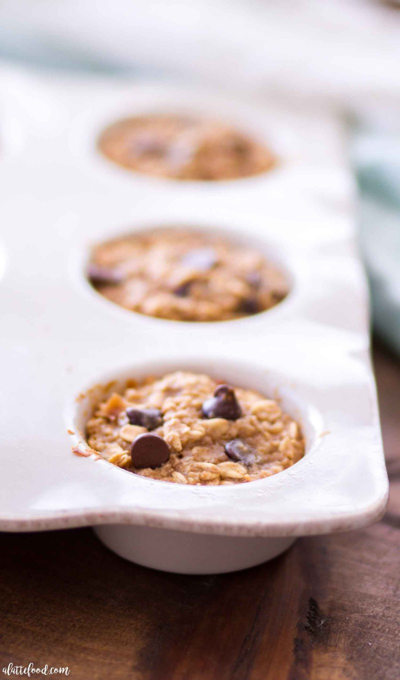 baked peanut butter banana oatmeal cups in muffin tin