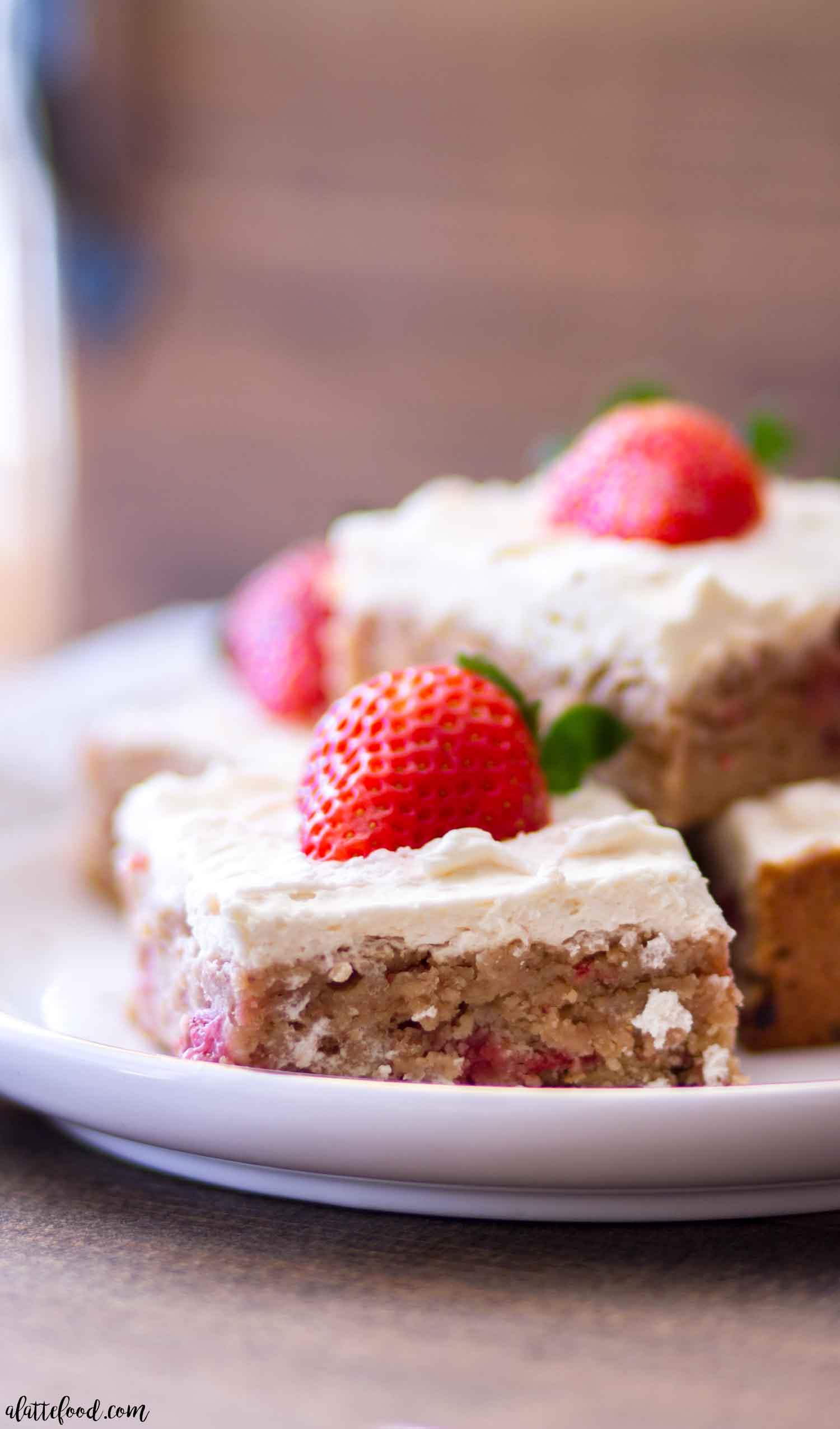 Berry-Licious Strawberry Lemon Cream Cheese Bars