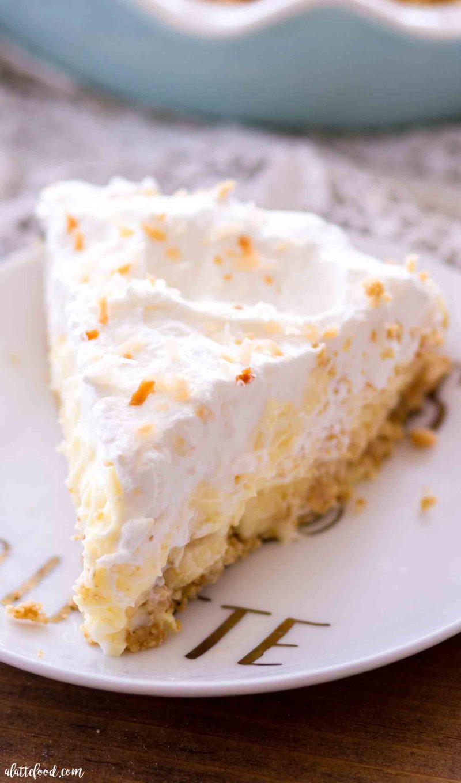 Easy Banana Coconut Cream Pie - A Latte Food-3215