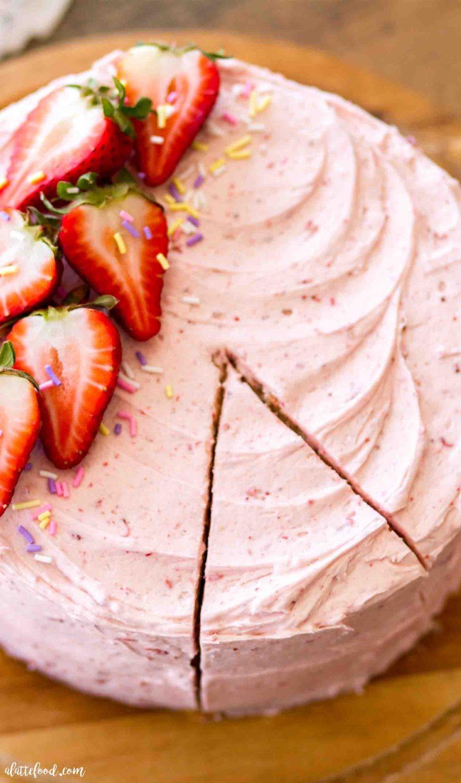 Easy strawberry funfetti cake with fresh strawberry frosting