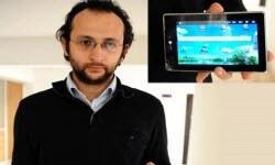 Merak etti, inceledi, tablet bilgisayar üretti