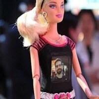 Barbie artık fotoğraf da çekiyor