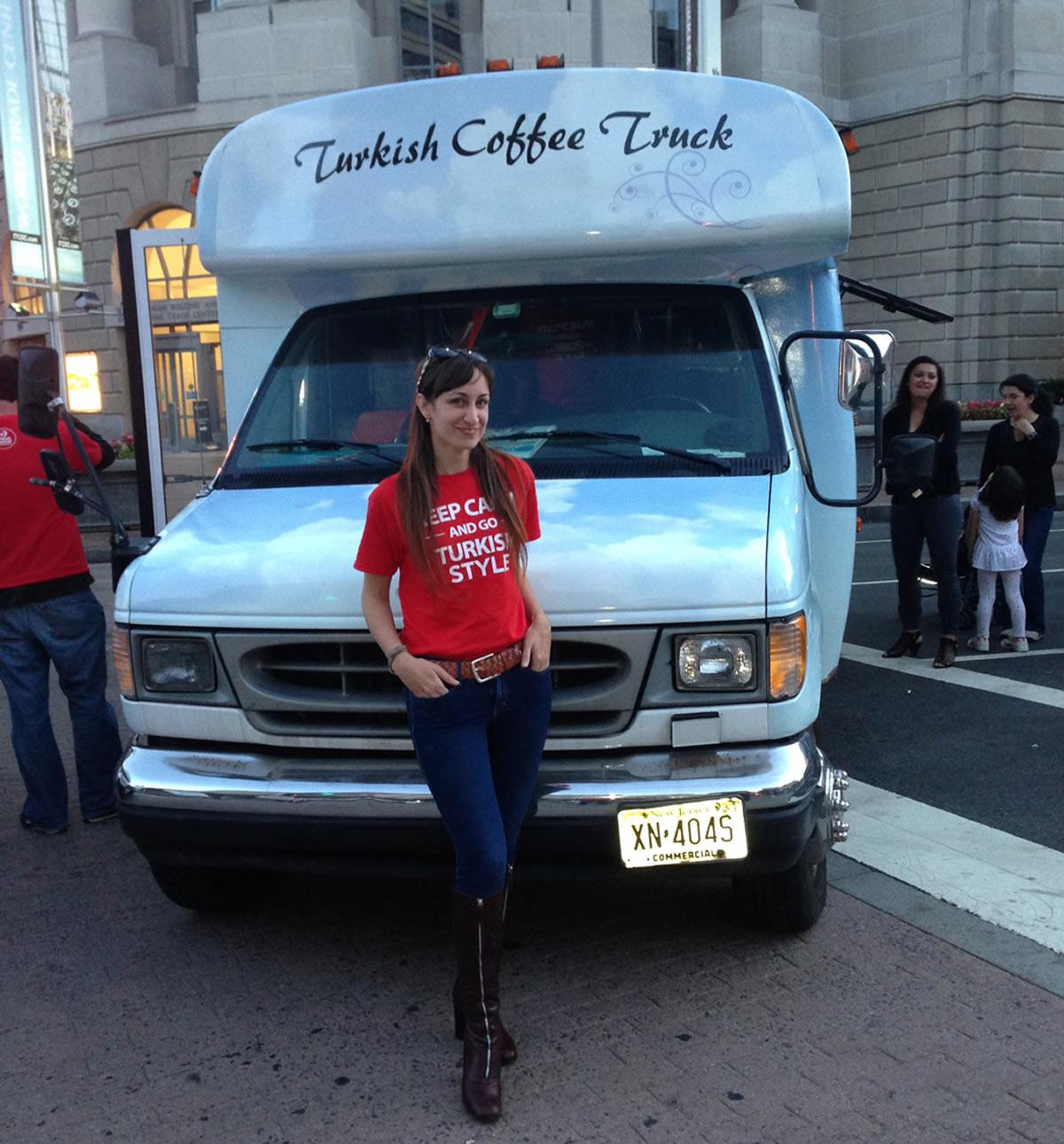 Türk Kahvesi Şimdi Amerikalıların Ayağına Gidiyor