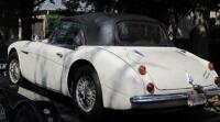 42 yıl sonra çalınan arabasını buldu