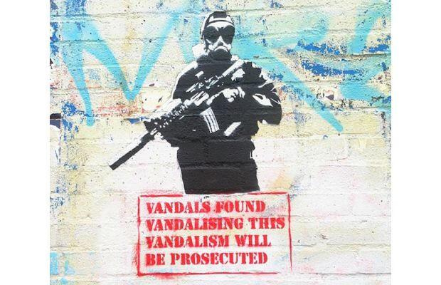 Banksy, Los Angeles'ta cevap mı verdi?
