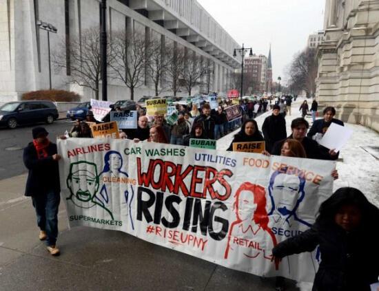 New York'ta Asgari Ücretin Saati 8 Dolara Çıkıyor