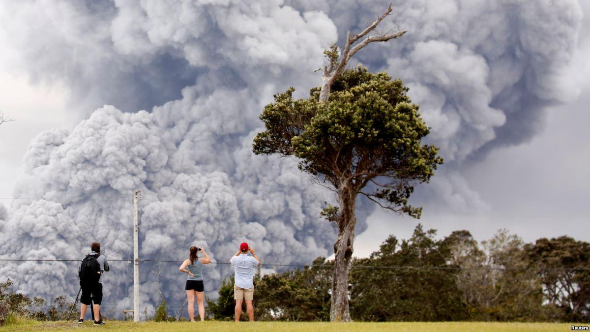 Hawaii'de Yanardağ Patlaması Korkuttu