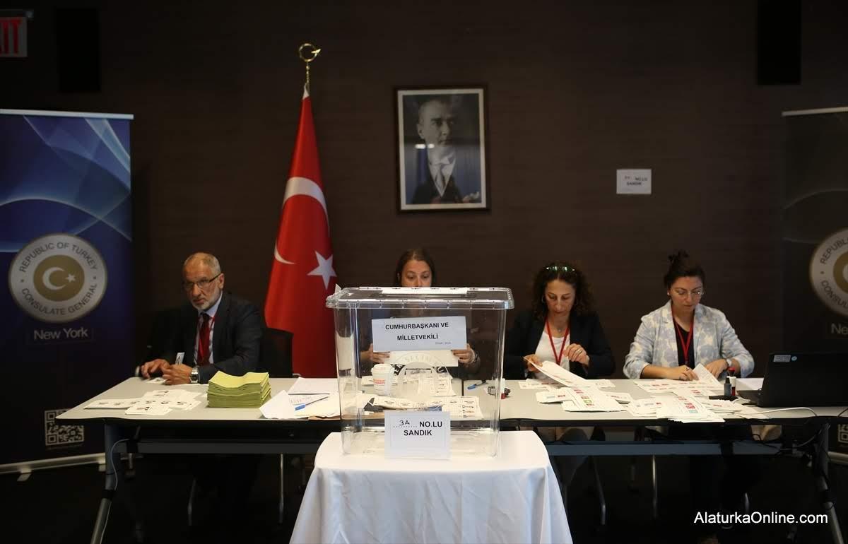 New York'taki Türkler sandık başında
